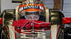 PODIUM FOR LOTUS-RENAULT IN CANADIAN GRAND PRIX