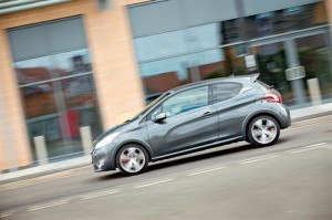 MyDrive | Peugeot 208 GTi 2013 1