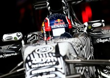 Kvyat has tough first day without front wing