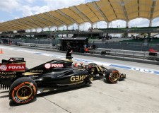Lotus F1 post strong performance in wet Malaysian Qualifying