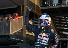 V8SC | Whincup set to spoil Ford's perfect weekend