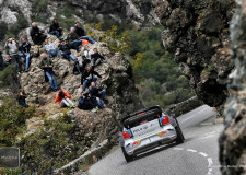 WRC | Sun is out & the heat is on Evans