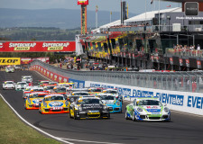 Porsche Carrera Cup Australia entertains Bathurst