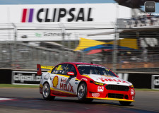 V8 Supercars return to the streets of Adelaide