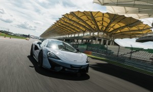 To Conquer the World – McLaren 570 S and 570 GT