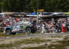 Volkswagen proves dominant again at FIA RallyX