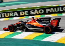 McLaren Honda continue to dig deep for answers in Brazil